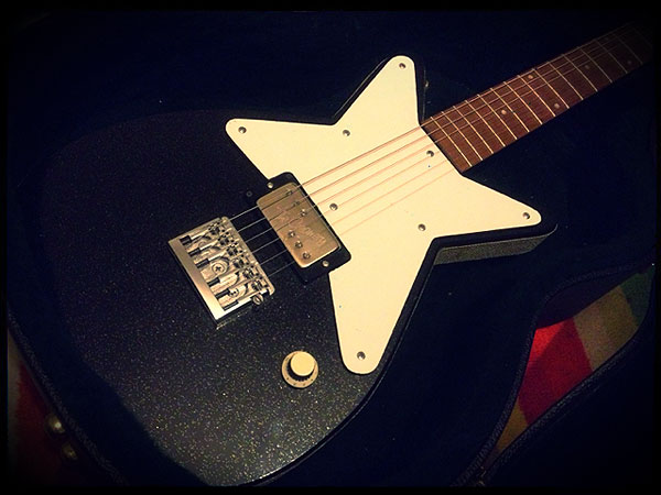 Silvertone Maxwell from Specimen Guitars with Creamery Custom Handwound Baby '71 Wide Range Humbucker Pickup